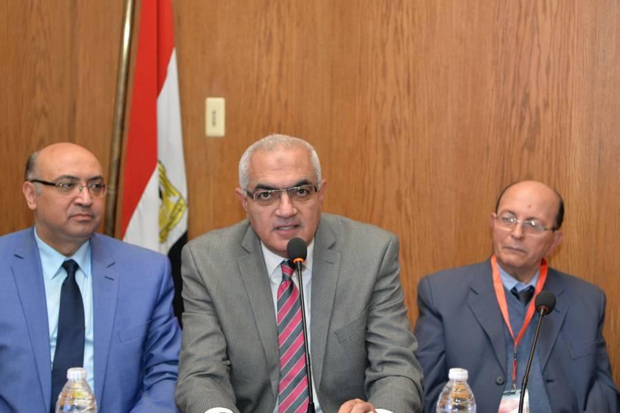 افتتاح المؤتمر الثانى لوحدة الغدد الصماء والسكر بمستشفى الأطفال جامعة المنصورة