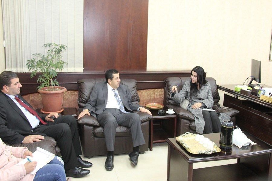 بحث التعاون بين جامعة اليرموك والشركة الأردنية الأوروبية لإدارة الخدمات اللوجستية